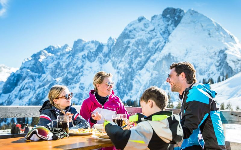 Restaurants and Huts Dachstein West